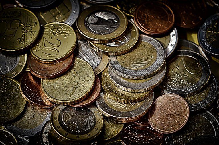pagar-efectivamente-metalico